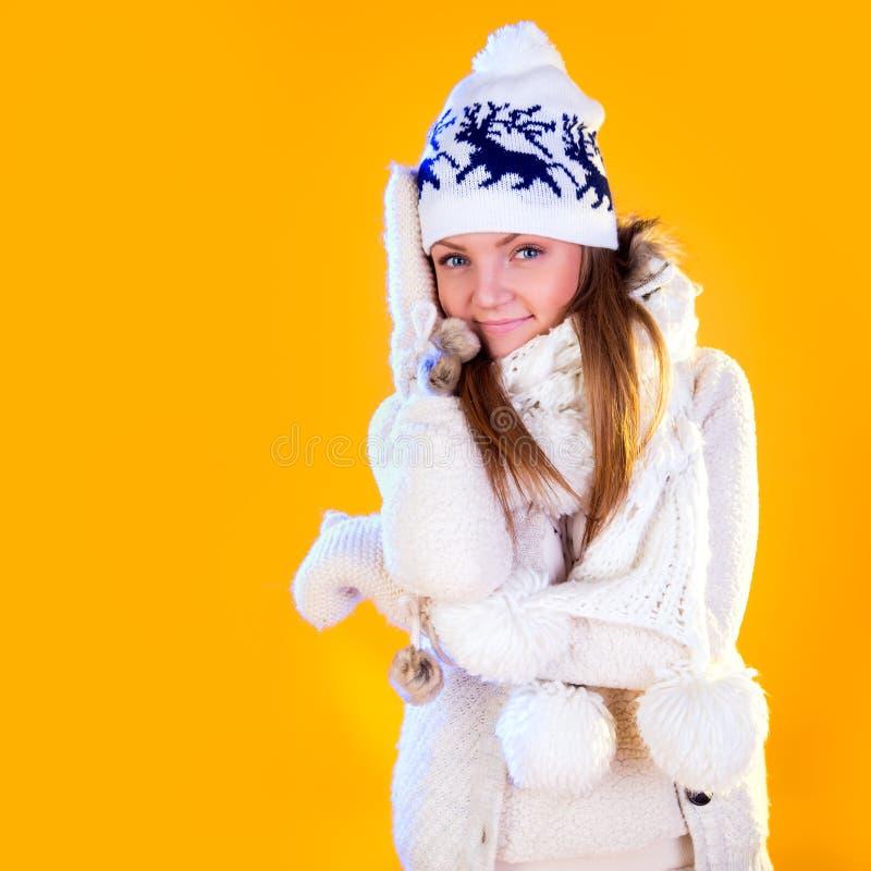 bags den santa kvinnan Härligt nytt år och julgåvaferie royaltyfri bild