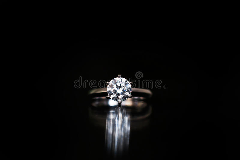 Bague à diamant image stock