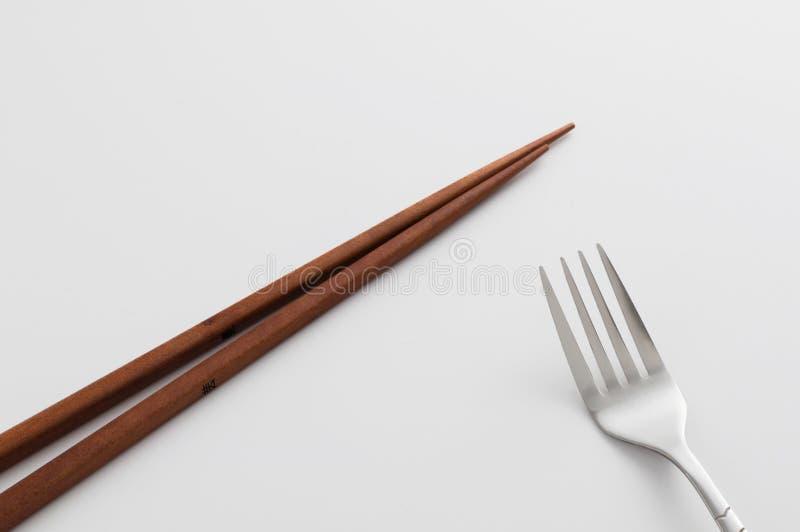 Baguettes et fourchette images stock