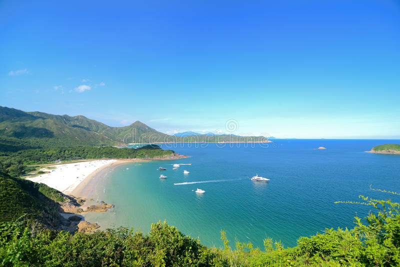 Bahía clara del agua, Sai Kung, Hong Kong Global Geopark imagenes de archivo