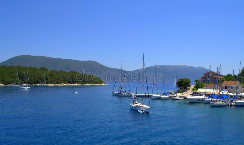 Bahía de Fiskardo, isla Grecia de Kefalonia fotos de archivo libres de regalías