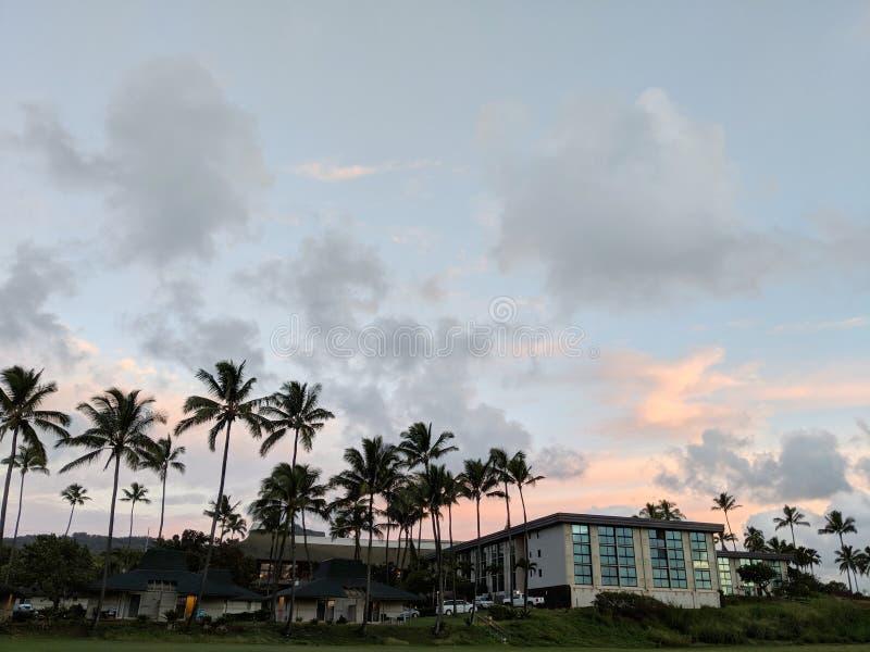 Bahía de Hilton Garden Inn Kauai Wailua en el amanecer foto de archivo libre de regalías