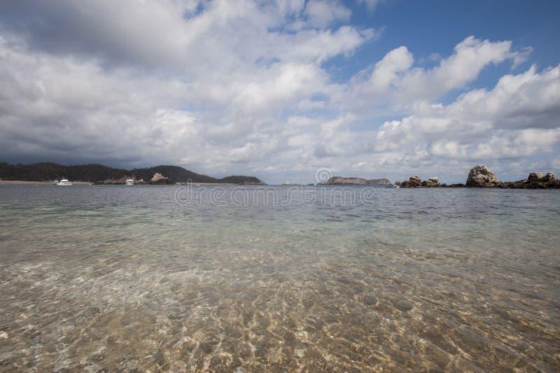 Bahía de Huatulco imagen de archivo