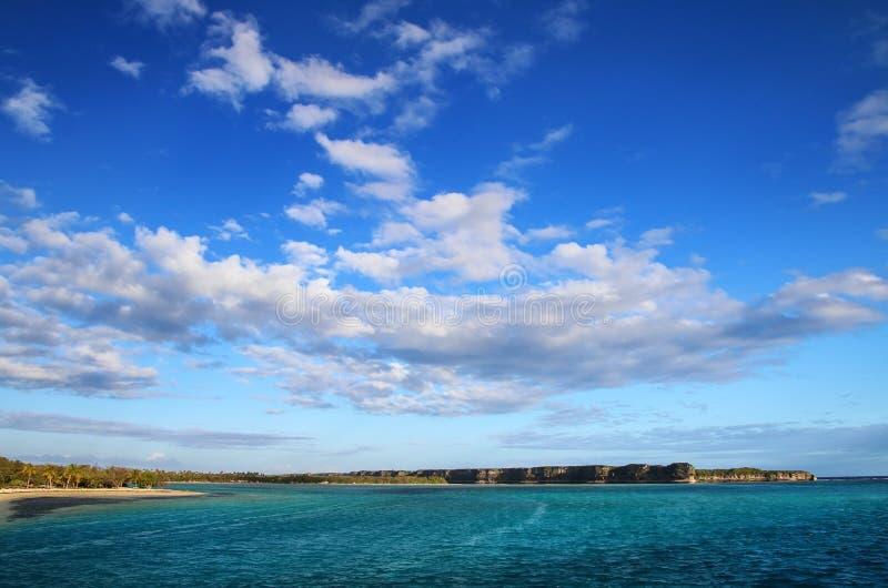 Bahía de Lekiny en la isla de Ouvea, islas de lealtad, Nueva Caledonia foto de archivo