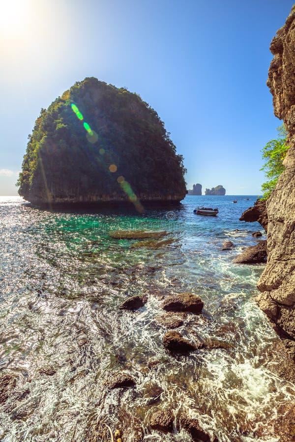 Bahía de Loh Samah fotos de archivo