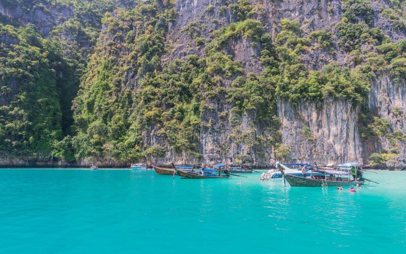 Bahía de Pileh, Phi Phi Islands, Krabi, Tailandia fotografía de archivo
