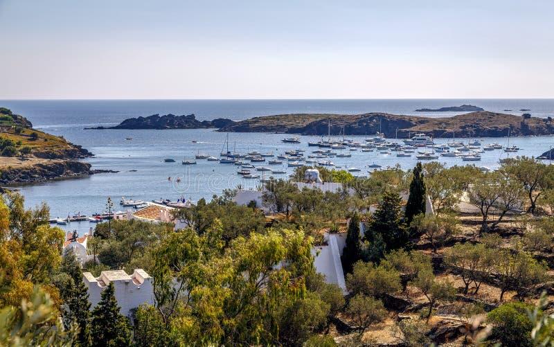 Bahía de Portlligat, en Cadaques imágenes de archivo libres de regalías