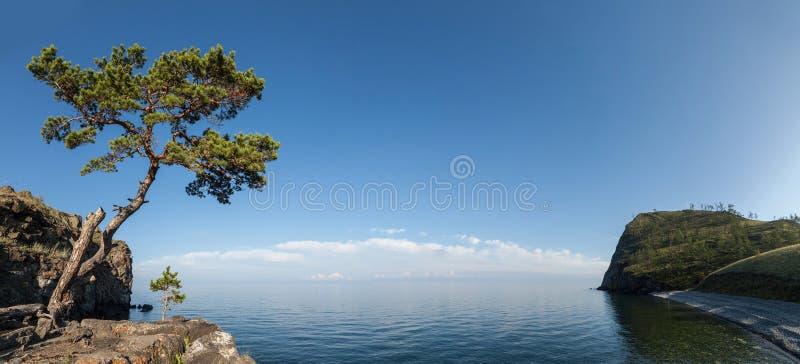 Bahía en el lago Baikal, Rusia fotos de archivo libres de regalías