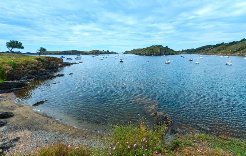 Bahía España de Cala de Portlligat fotografía de archivo