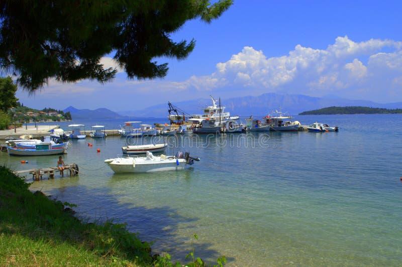 Bahía hermosa del mar jónico, Grecia imagen de archivo