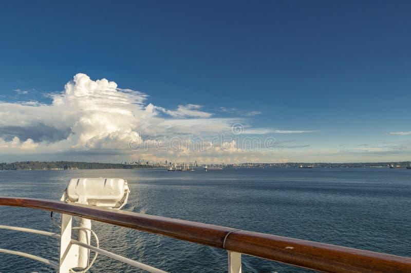 Bahía inglesa, Vancouver, Columbia Británica, Canadá de la cubierta del barco de cruceros foto de archivo libre de regalías