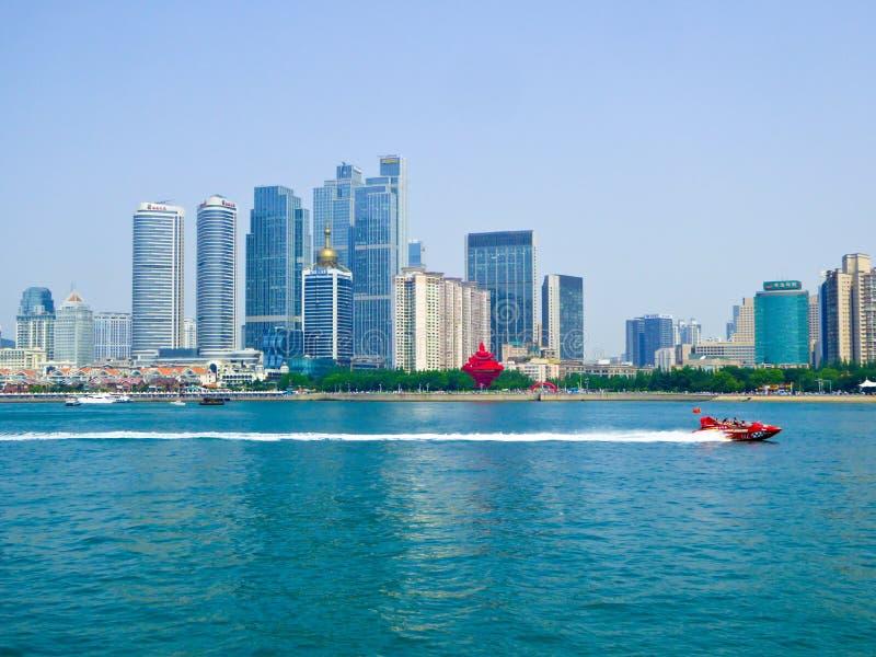 Bahía olímpica de Fushan del centro de la navegación de Qingdao imagen de archivo libre de regalías