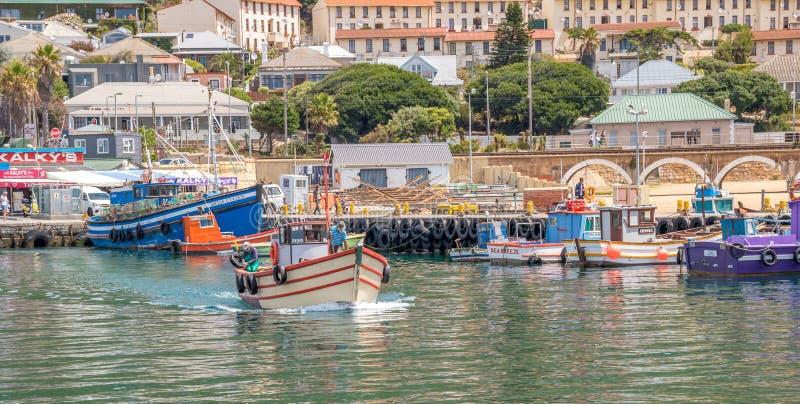 Bahía Suráfrica de Kalk de los pescadores de la subsistencia imagen de archivo