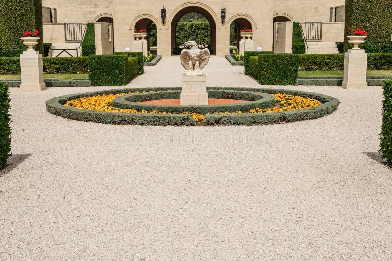 Download Bahaituinen, Acre stock foto. Afbeelding bestaande uit gardening - 39106910