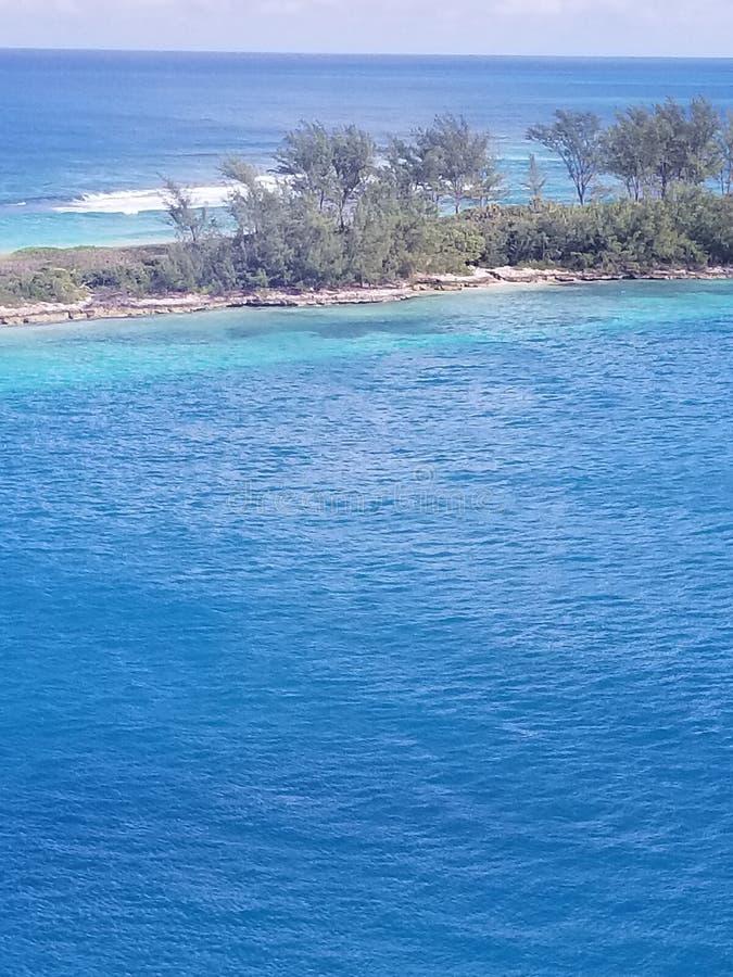 Bahama Blauwe wateren in December royalty-vrije stock fotografie