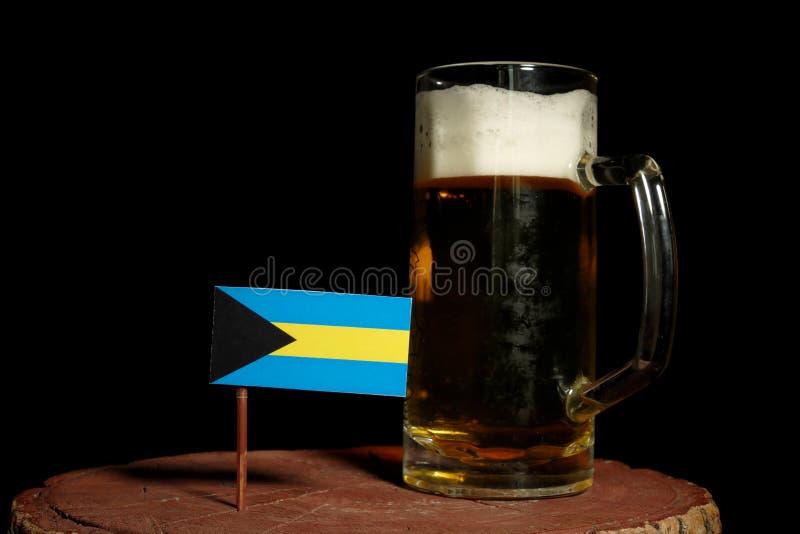 Download Bahamas Kennzeichnen Mit Dem Bierkrug, Der Auf Schwarzem Lokalisiert Wird Stockfoto - Bild von publikation, bahamas: 96933352