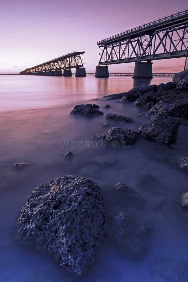 Bahia Honda Rail Bridge au coucher du soleil photographie stock