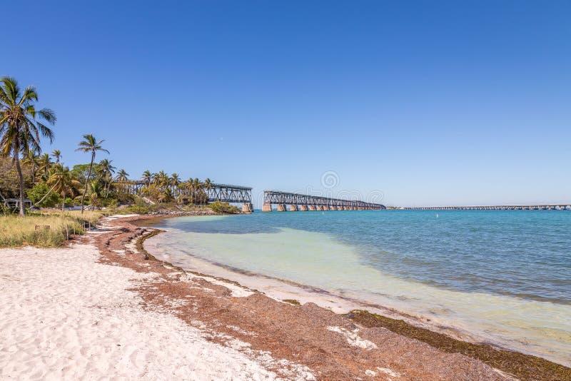 Bahia Honda State Park est un parc d'état avec une plage publique ouverte images libres de droits