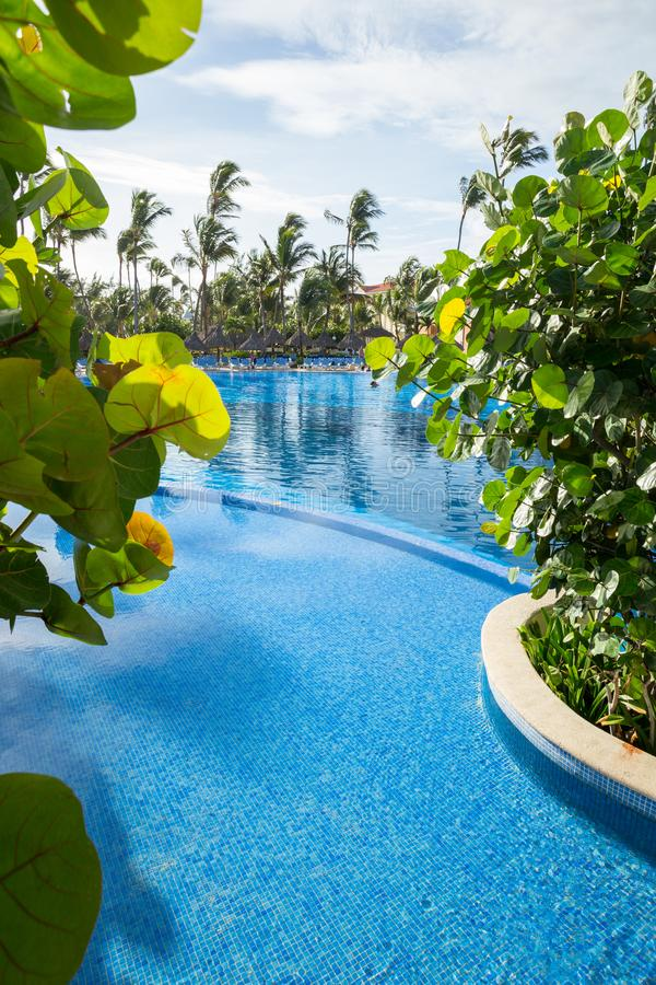 Bahia Principe Hotel Pool grande le 10 novembre 2015 dans Punta Cana, République Dominicaine  photographie stock libre de droits