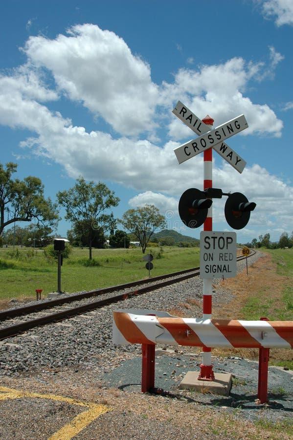 Bahnüberfahrt lizenzfreies stockbild