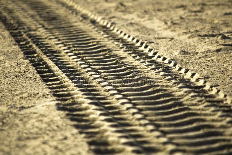 Bahn im Sand lizenzfreies stockbild