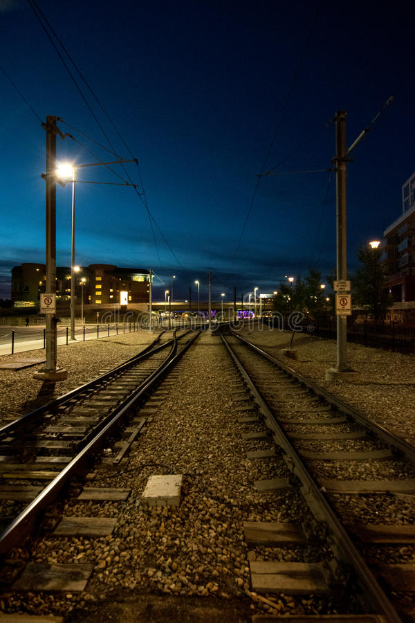 Bahngleise nachts stockfoto