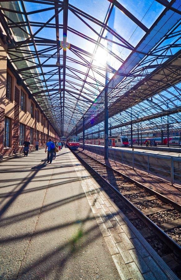 Bahnhof in Helsinki Finnland lizenzfreie stockbilder