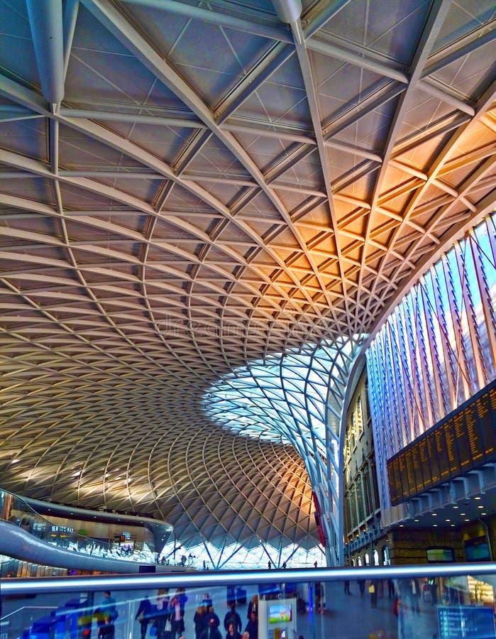 Bahnhof London König-Cross lizenzfreie stockfotos