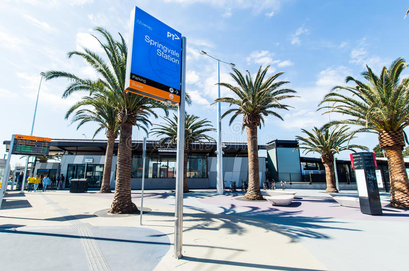 Bahnhof Springvale in Melbourne lizenzfreie stockfotografie