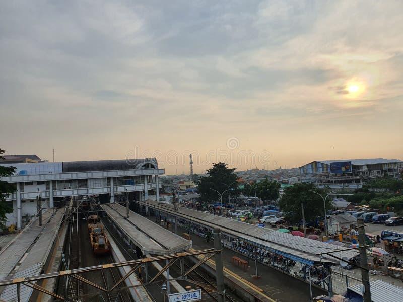 Bahnhof von der Spitze der Mautstraße in Depok West Java Indonesien stockbilder