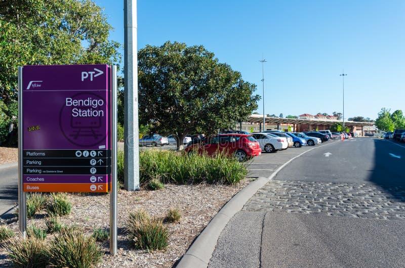 Bahnhofs-Parkplatz Bendigo, in regionaler Victoria in Australien stockfotos