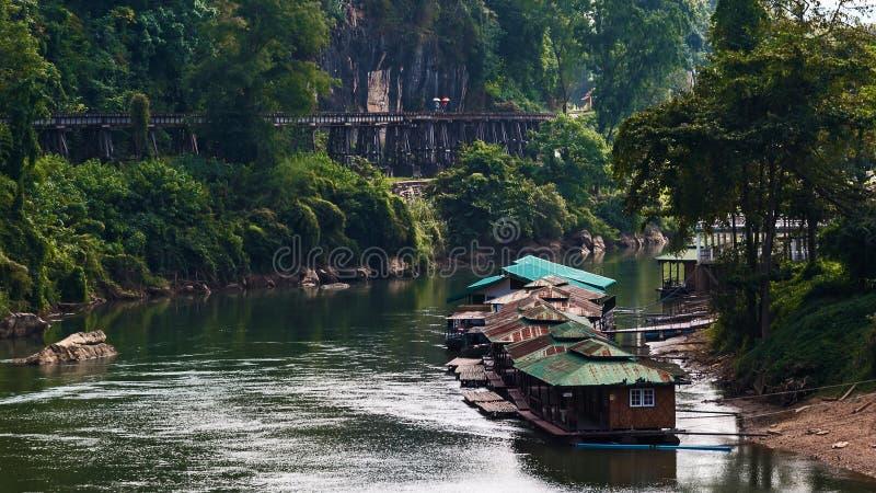Bahnmarkstein Tham Krasae von Kanchanaburi lizenzfreies stockfoto