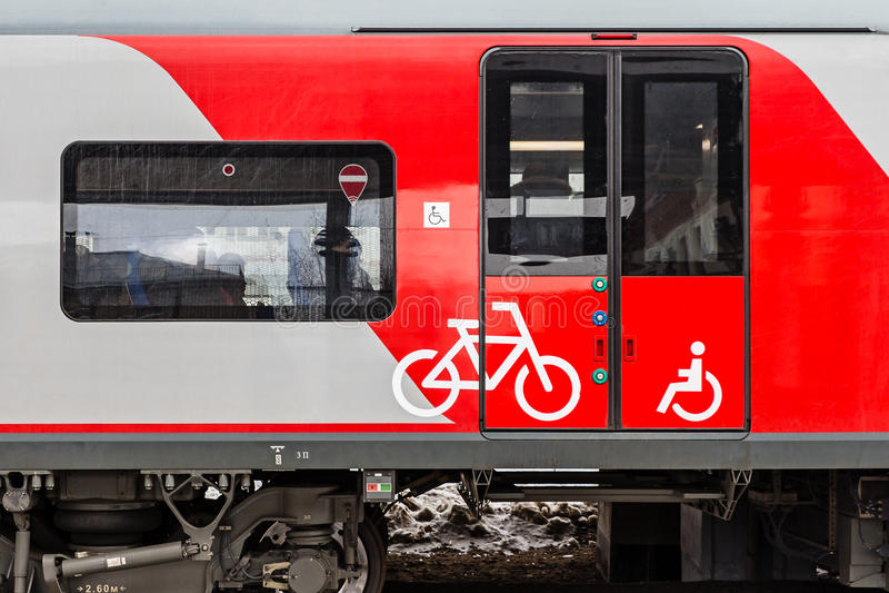 Bahnpassagierlastwagen stockbilder