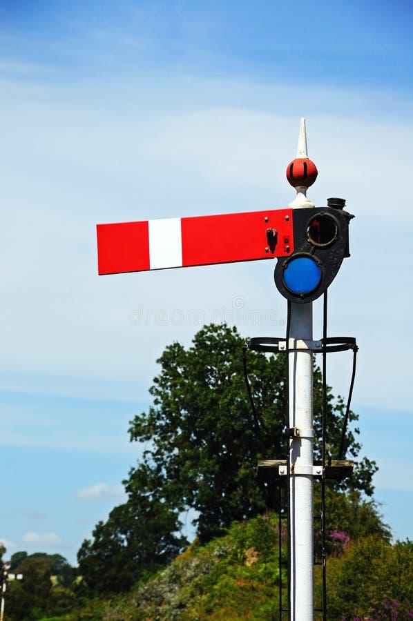 Bahnsemaphorsignal lizenzfreies stockfoto