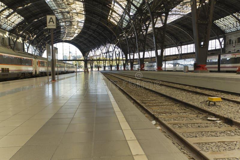 Bahnstation lizenzfreie stockfotos