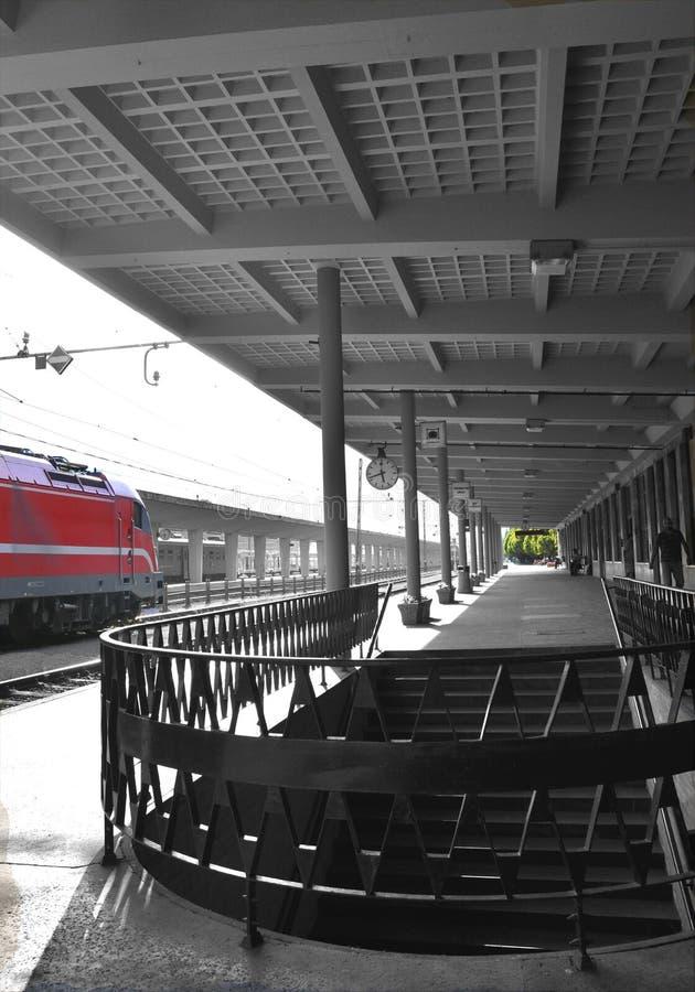 Bahnstation in Nord-Italien stockbild
