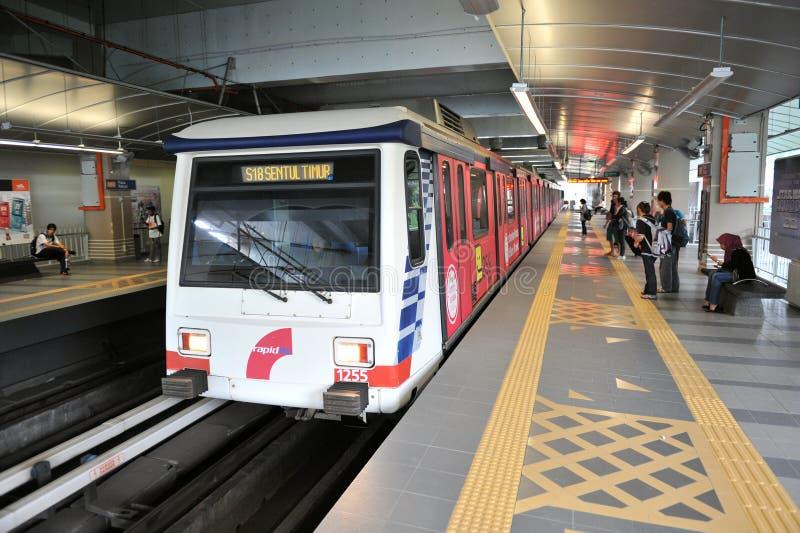 Bahnstation-Szene in Kuala Lumpur lizenzfreies stockfoto