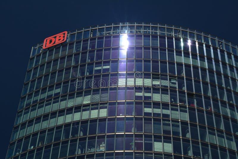 Bahntower, штабы Deutsche Bahn в Берлине на квадрате Потсдама, Potsdamer Platz, Германии стоковое фото