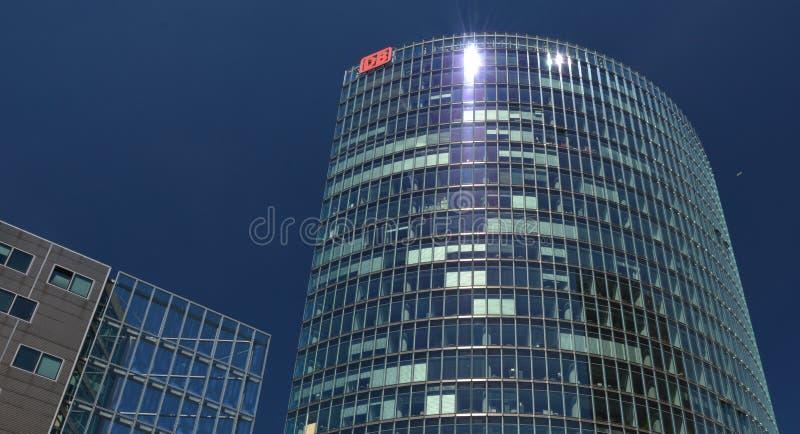 Bahntower, штабы Deutsche Bahn в Берлине на квадрате Потсдама, Potsdamer Platz, Германии стоковое фото rf
