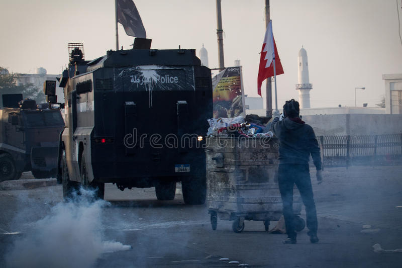BAHRAIN-PROTEST-POLITICAL DETAINEE-PEOPLE photos stock