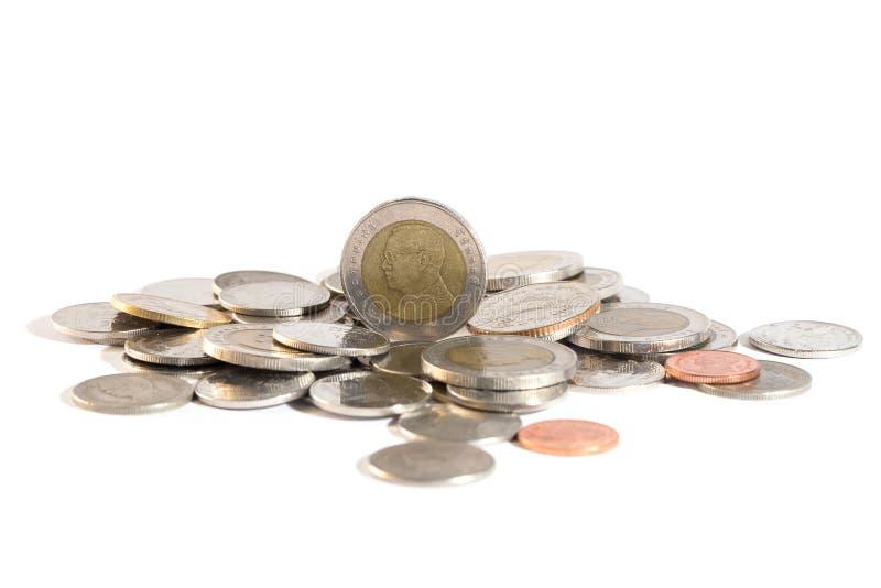 Baht tailandese, soldi, moneta tailandese Monete tailandesi dei soldi & x28; bath& x29; scala immagine stock