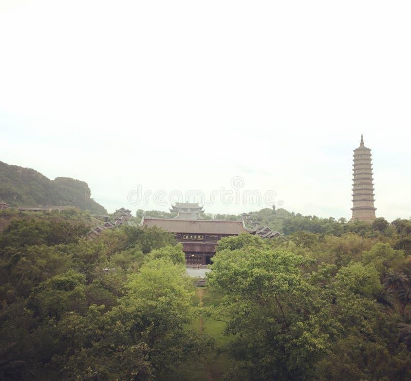 Bai Dinh Pagoda, Vietname imagem de stock royalty free