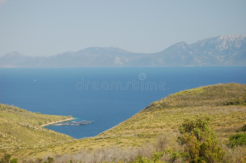 Baia calma sull'isola di Hvar immagine stock