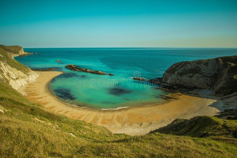 Baia con una spiaggia sabbiosa fotografia stock libera da diritti