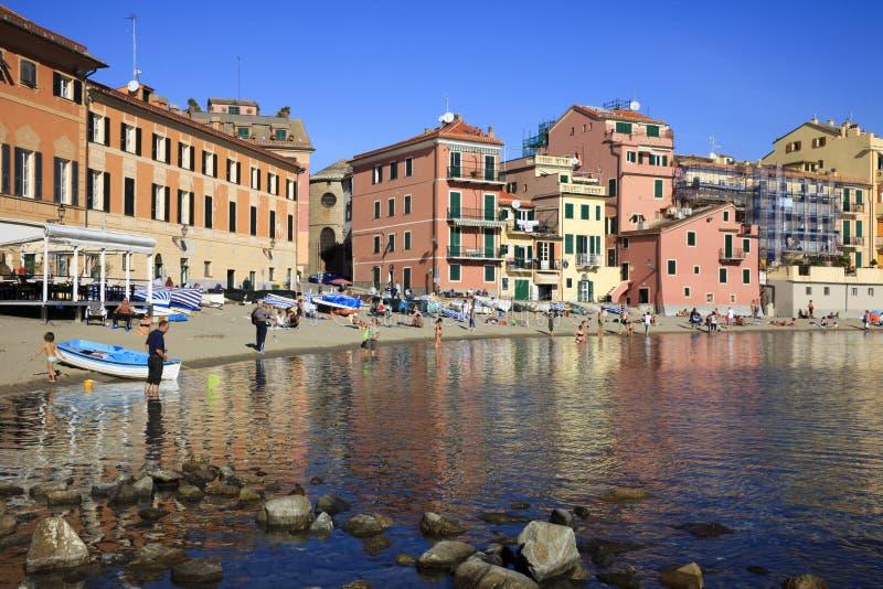 Baia della spiaggia di silenzio e delle barche, Sestri Levante, Genova, Liguria, Italia, Europa fotografia stock