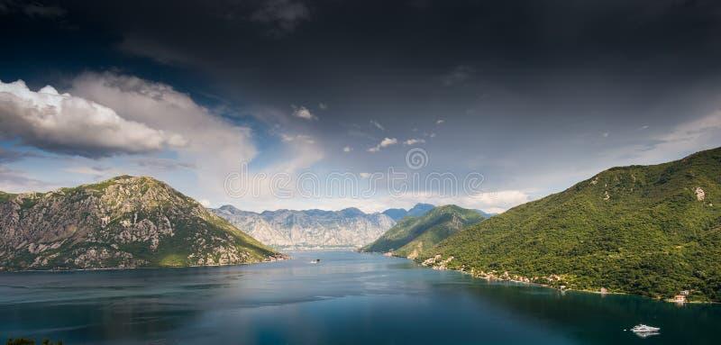 Baia di Kotor nel Montenegro immagine stock