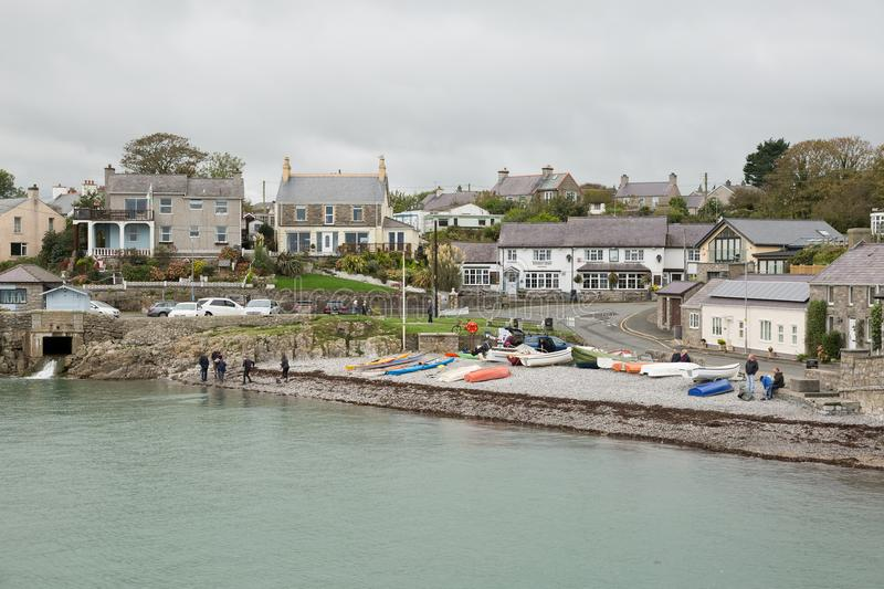 Baia di Moelfre in Anglesey, Galles del nord fotografie stock
