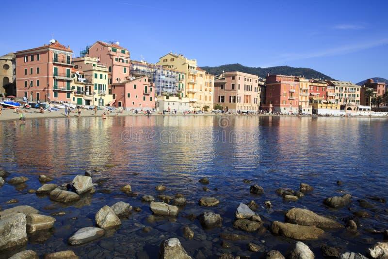 Baia di silenzio e delle barche, Sestri Levante, Genova, Liguria, Italia fotografie stock