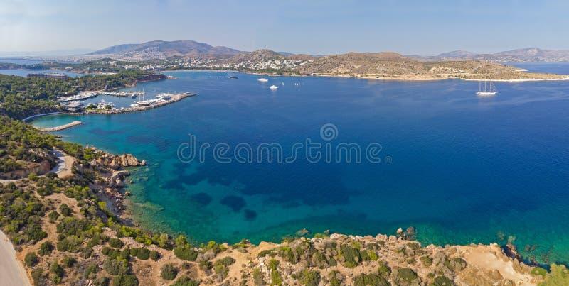 Baia di Vouliagmeni da sopra, Atene - la Grecia fotografia stock