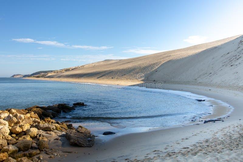 Baia francese di Arcachon e la duna di sabbia di Pilat di Pyla Aquitaine France fotografie stock libere da diritti